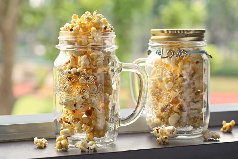Cardamon Caramel Popcorn