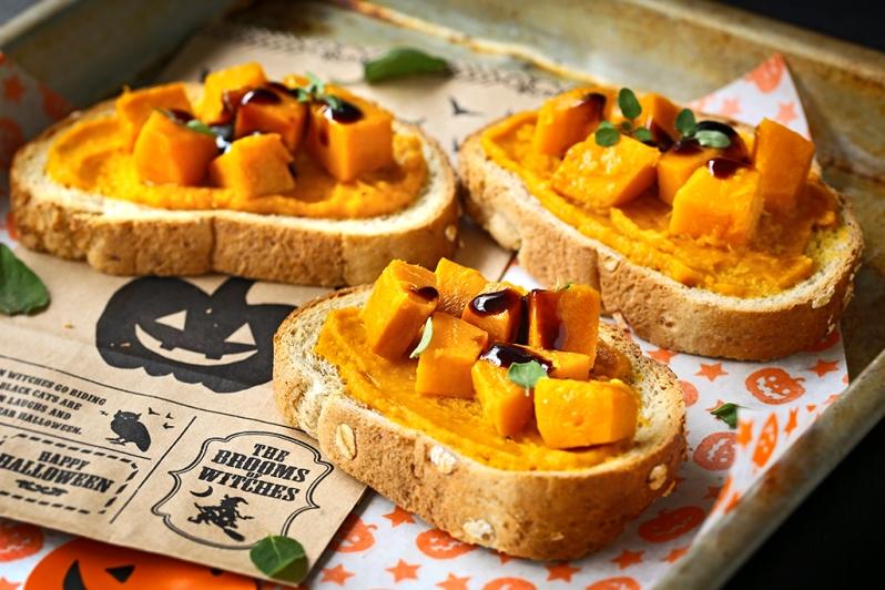pumpkin-bruschetta
