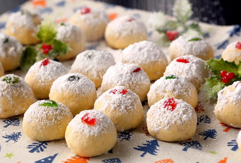 goanese-snowball-cookies