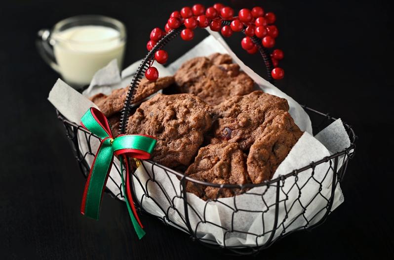 cherry-chocolate-cookies